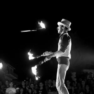 giocoliere fuoco
